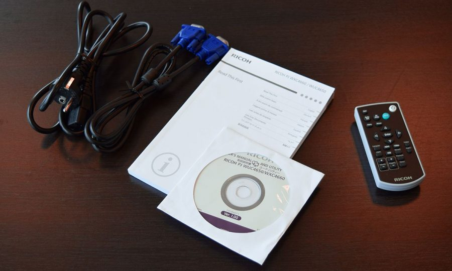 Обзор проектора Ricoh WXC4660: министр образования